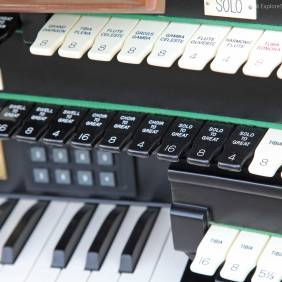 Organ console detail