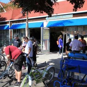 Bikes & Beyond Bike Rental